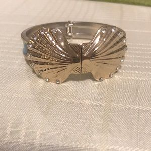 Seashell Metal Bracelet